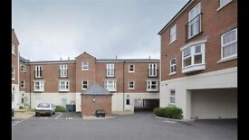 Large 2 Bedroom Apartment in Taunton Town Centre