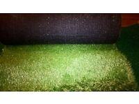 artificial golf tee 2ply matt + 2 rolls artificial grass. never been used