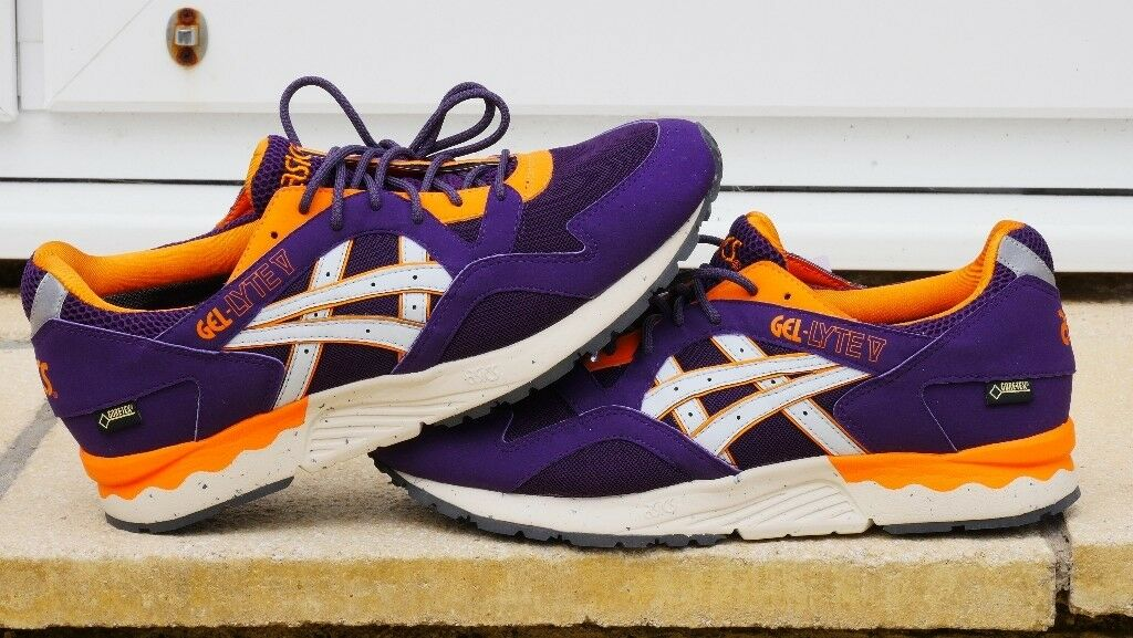 Brand New Asics Gore Tex Gel Lyte V in Purple and Orange Size 9  01a7e25510bb