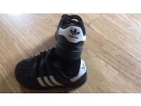 Adidas Shoes Children's size 7 !! Buy now for