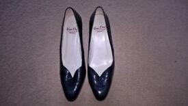 Van Dal Navy Court Shoe, Size 8