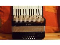 12 BASS PIANO ACCORDION