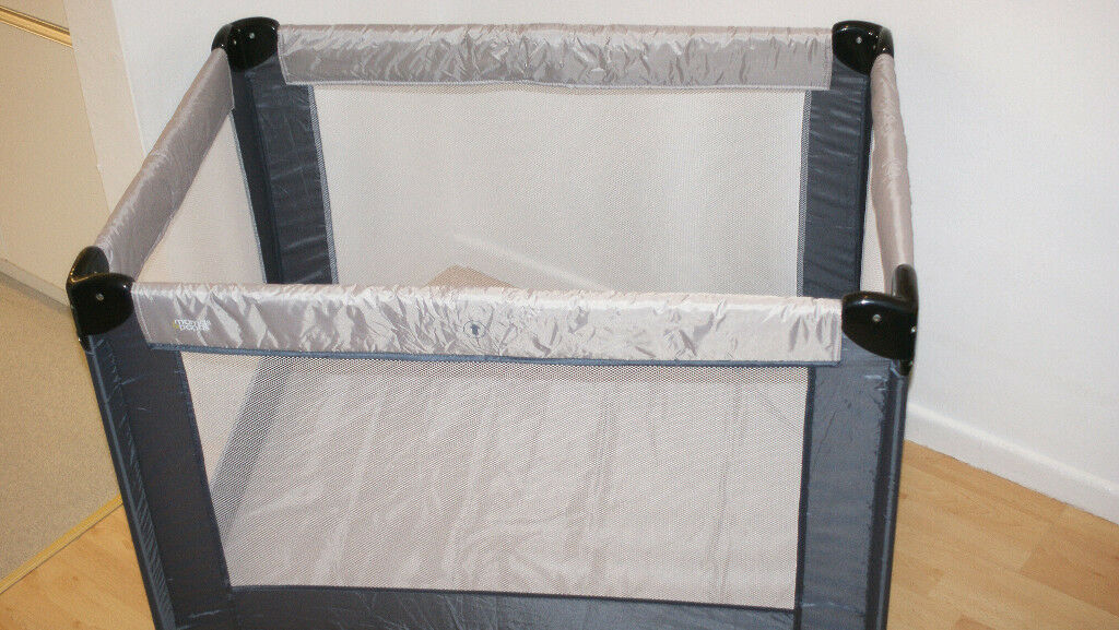 Mamas and Papas Classic Travel Cot