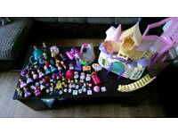 Sofia the first bundle of castle figures and accessories