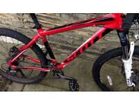 Scott Aspect 650 2014 - Rockshox Lockout - Mavic Rims - Shimano Hydraulic Brakes
