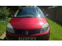 2004 Renault Megane Scenic MOT 16.1.18 looks and drives fine £265 for quick sale