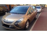 QUICK SALE ZAFIRA TOURER NEW SHAPE 14 PLATE AUTO DIESEL