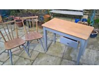 Table and two chairs / wood / vintage / oak / drawer
