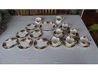 Royal Albert Bone China, Old Country Roses Tea Set
