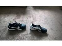 Nike tempo size 6
