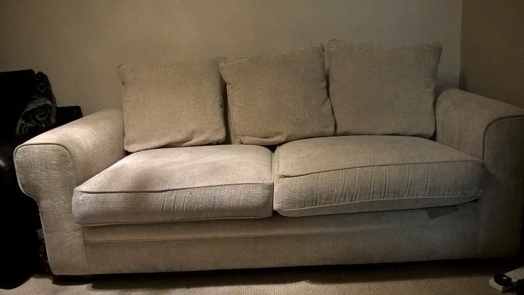 Near perfect condition 2 seater sofa bed   in Southampton ...