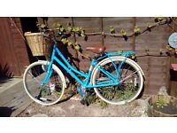 Pendleton Somerby bicycle. Basket
