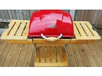 OUTBACK OMEGA 200 RED CHARCOAL HOODED BBQ