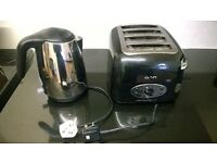 phillips cordless hd4656 kettle with blue led light and onn ot-005 4 slice toaster in black chrome