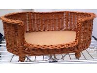 Prestige Wicker Luxury Basket Settee with cushion