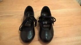 Tap Shoes - Child's size 9.