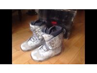 Original Vans SnowBoarding Boots - Brand New With Tags / Never Worn