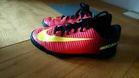 Kids Astro football trainers Size 2 immaculate