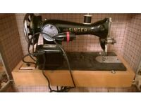 Singer Electric Sewing Machine 1960's Style. Foot pedal control.