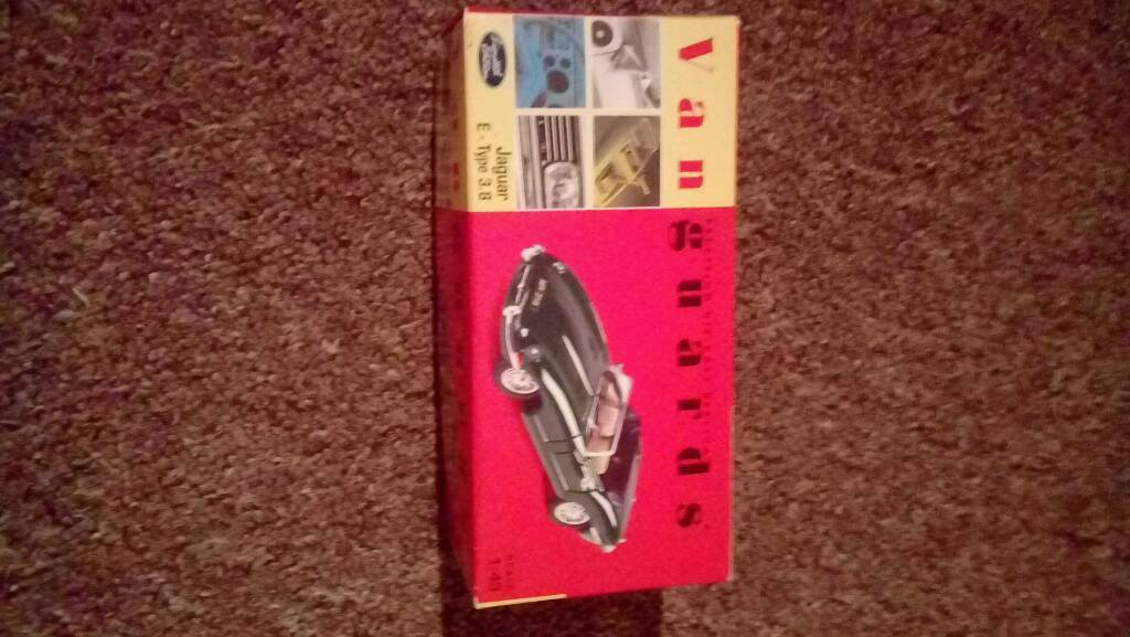 2x collectible jaguar e type PRICE DROP NOW 25 FOR BOTH