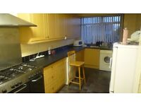 1 bedroom Houseshare in Gosforth, Close To Regent Centre Metro. Available Now.