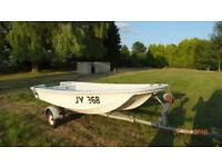 Dory 13 Boat