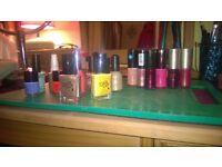 28 Brand named nail varnish
