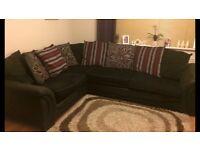 Corner sofa excellent conditiin