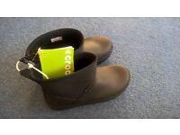 BNWT brown ladies/girls croc boots size 3