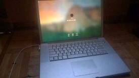 Macbook Pro 15 2.2ghz Loaded with lot of software