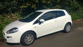 Fiat punto 1.2 easy 3 dr very low milage, still has warranty from fiat