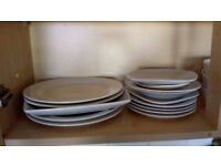 Dinner plates, side plates and bowls