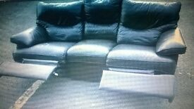 FOR SALE EXCELLENT CONDITION 3 SEATER BROWN LEATHER SOFA RECLINER £125 CAN BE DELIVERED