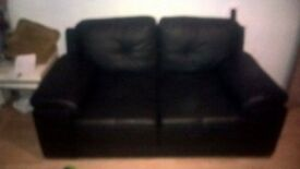 3-2 seater leather sofa black. Only a year old