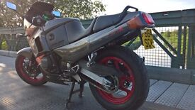 kawasaki gpx 600r, modernised but not molested, looks A1