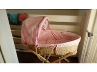 moses basket with stand and baby bath