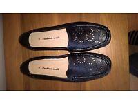 Ladies black shoes - UK size 8 - Cushion Walk
