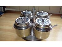 Stainless steel curry dishes