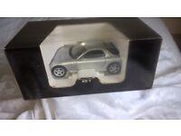 1 : 18 scale Kyosho Mazda RX 7 model car.