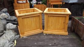 Set of two Garden Planters