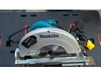 "Makita 5903R - 9"" Circulat Saw - 110v - As New"