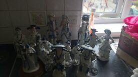 leonardo collection figures