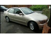Excellent running with extensive service history Lexus IS200 facelift IS 200