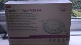 Tegaderm foam adhesive pads