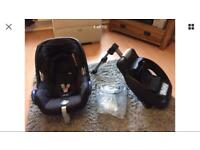 Maxi-Cosi Cabriofix Car Seat With Rain Cover & Maxi-Cosi Non-Isofix Easyfix Car Seat Base