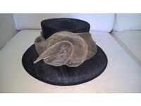 LADIES NAVY BLUE FORMAL/OCCASION HAT - EXCELLENT CONDITION