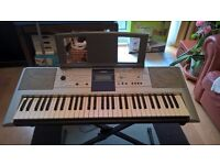 Yamaha PSR E323 Digital Electronic keyboard with box, stand, instruction book and pedal