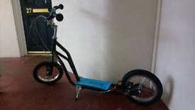 Child's cross scooter