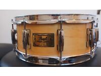 "PEARL MASTERS CUSTOM MAPLE SNARE, 14"" by 5.5"", in natural finish, with new resonante (snare) head."