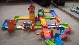 VTech Toot Toot Drivers Chug and Go Railway Train Set